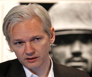 Frustrado por el tratamiento de la gran prensa, Julian Assange entregará todos los cables a otros 60 medios