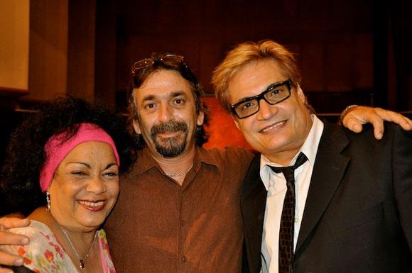 """Aurora Basnuevo, Rafael Solís y Amaury en el programa """"Con 2 que se quieran"""". Foto: Peti"""