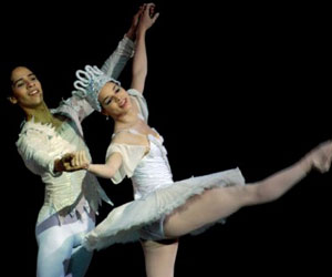 Ballet Cascanueces por el Ballet Nacional de Cuba