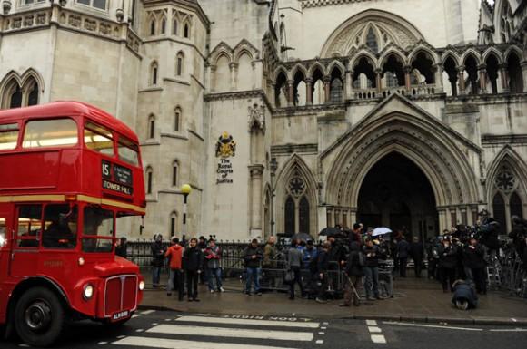 Corte de Londres que juzgó a Julian Assange. Foto: AFP
