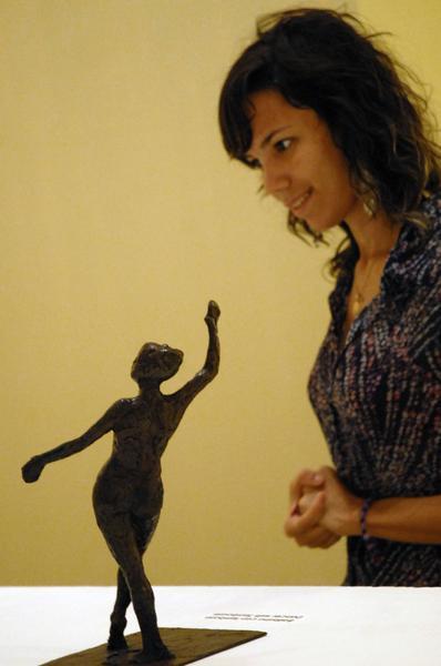 Inauguración de la exposición que muestra la colección completa de 74 esculturas de Edgar Degas en el Museo Nacional de Bellas Artes de Cuba, La Habana, el 17 de diciembre de 2010. AIN FOTO/Sergio ABEL REYES