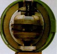 Submunición estadounidense de dispersión biológica E120, retirada del servicio a finales de los años '60. Los problemas de dispersión limitan significativamente la eficacia de las armas químicas y biológicas.