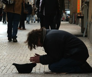 http://www.cubadebate.cu/wp-content/uploads/2010/12/pobreza-espana_diario-canarias.jpg