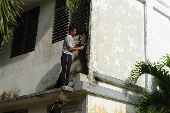 La embajada venezolana lleva más de dos años organizando trabajos voluntarios. Foto: Rafael González