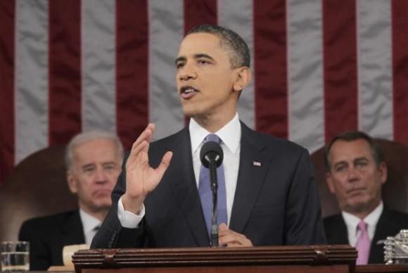 Barack Obama se dirige a los estadounidenses durante su discurso sobre el Estado de la Unión.- REUTERS