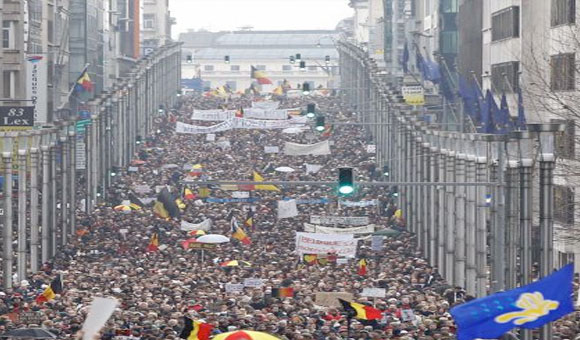 "Marcha ""La Verguenza"" Bruselas / Foto: REUTERS"