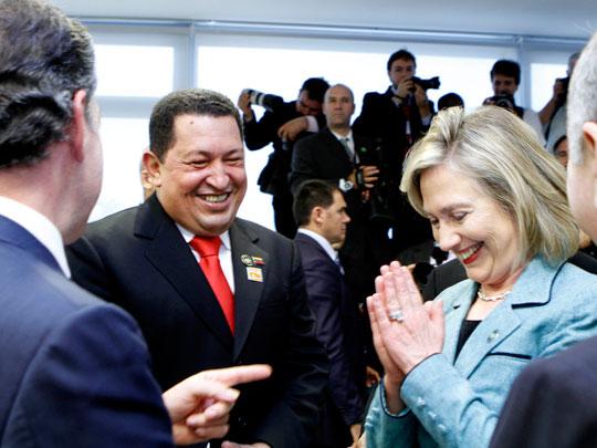 Hugo Chávez y Hillary Clinton. (Foto: Prensa Presidencial Venezuela)