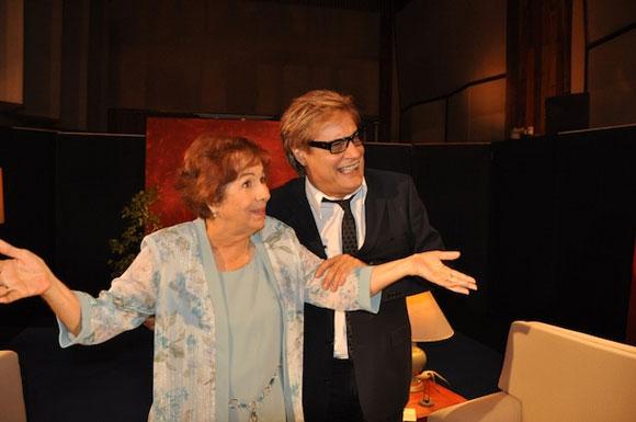 """Dra. María Dolores Ortiz junto a Amaury Pérez en el programa """"Con 2 que se quieran"""". Foto: Petí"""