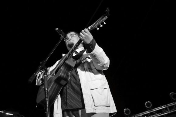 Eduardo Sosa al compás del son. Foto: Roberto Chile