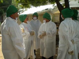 Colaboración de los médicos cubanos en Haití