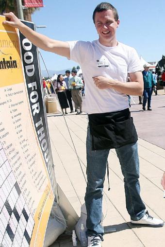 El sospechoso de cometer en ataque en Tucson, Jared Lee Loughner, en una imagen captada en marzo del pasado año en una feria literaria.- AP