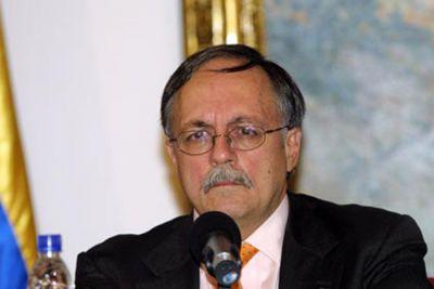 José Pertierra, representante legal de Venezuela para la extradición de Posada Carriles. Foto: Telesur