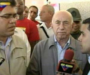 José Ramón Machado Ventura en Caracas junto al vicepresidente venezolano Elías Jaua