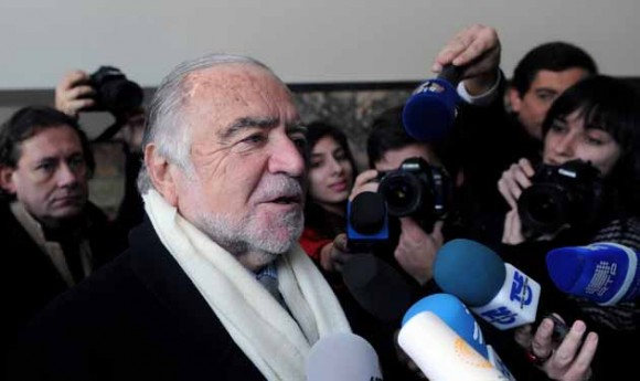 Manuel Alegre.