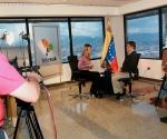 Patricia Villegas entrevista a Elías Jauja, vicepresidente de Venezuela. Foto: Telesur