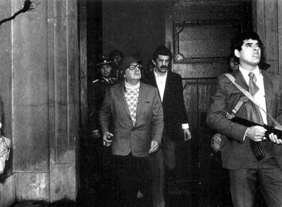Salvador Allende en la Moneda el 11 de septiembre de 1971