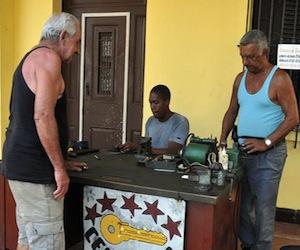 Cuba 2011: la eliminación de los subsidios y la asistencia social