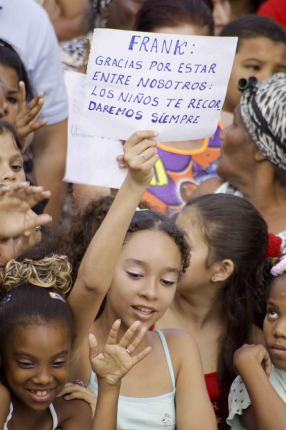 Saludo Infantil. Foto: Alejandro Ramírez Anderson