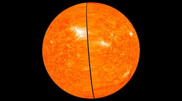 Fotografía facilitada por la NASA de la superficie solar y su atmósfera. Hoy la agencia espacial norteamericana ha presentado por primera vez estas imágenes, que darán una visión del astro en torno al que gira nuestro sistema planetario y que ayudarán a mejorar las predicciones climatológicas. EFE