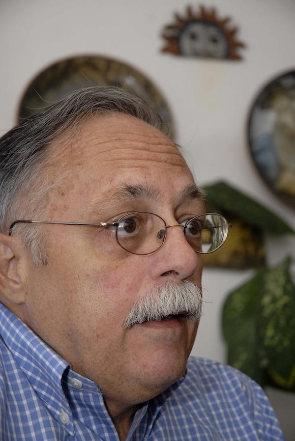 Entrevista a Joséˆ Pertierra, abogado que representa al gobierno de Venezuela para la extradiciÛn del terrorista Luis Posada Carriles, en La Habana, Cuba, el 29 de diciembre de 2010.    AIN  FOTO/Omara GARCIA MEDEROS