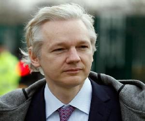 Correos filtrados indican que EEUU redactó cargos secretos contra Julian Assange