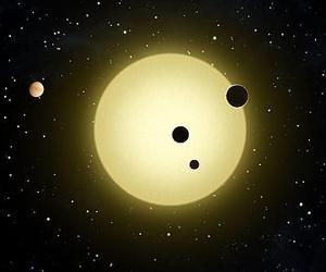 Científicos detectan un planeta que se evapora