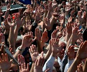 Decenas demiles de manifestantes protestan en Wisconsin, EEUU, en defensa de sus derechos sindicales