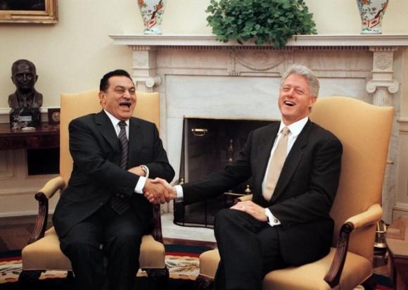 Clinton y Mubarak en la Casa Blanca el 1 de julio de 1999. Foto: Casa Blanca