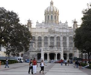 Cuba adelanta sus relojes. Foto: Roberto Suárez