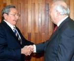 Raúl y Moratinos. Foto: Archivo