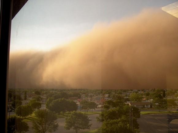 Tormenta de polvo en El Paso, Texas