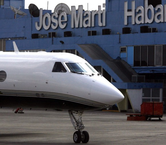James Carter llega a La Habana. Foto: Ismael Francisco