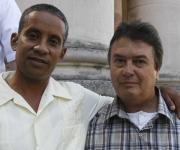 Carlos Serpa (izquierda) y Moisés Rodríguez, agentes de la Segurida del Estado, que fueron revelados como Vladimir y Emilio, recientemente en el programa televisivo, Las Razones de Cuba. Foto: Ismael Francisco