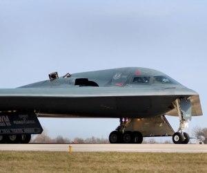 bombardero-b-2-sthealth-de-eeuu-contra-libia1