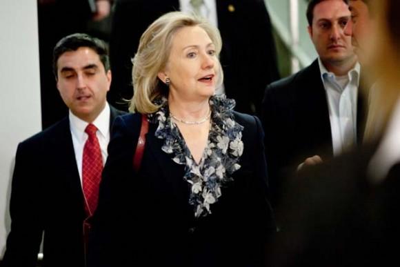 Hillary Clinton arriba a la sede del Congreso. Foto: Getty Images.