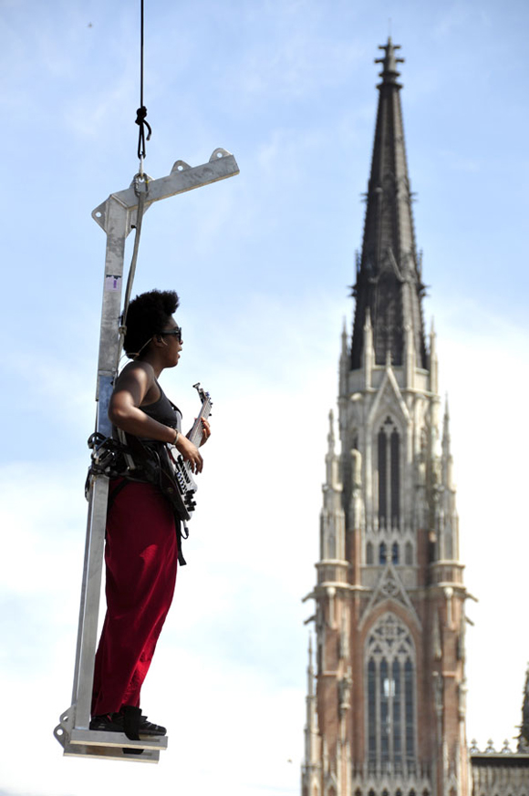 Cubana en las alturas. Foto: Kaloian