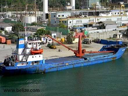 """El """"Helga"""" en Belice, el pasado 19 de marzo. Foto: Belizean (www.belizean.com)"""