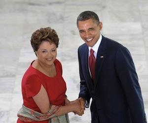 el-presidente-de-estados-unidos-barack-obama-se-saluda-con-su-homologa-brasilena-dilma-rousseff-en-brasilexpand