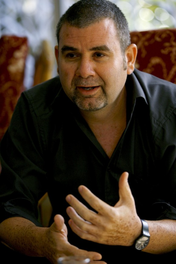 Frank Carlos durante el documental.