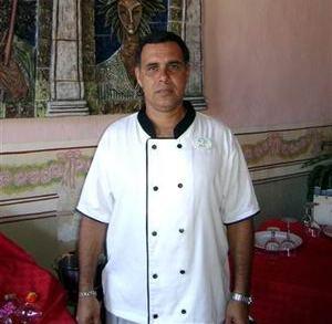 El cocinero camagüeyano Frank Rodríguez Pino recibio Premio Especial por su libro sobre la cocina internacional