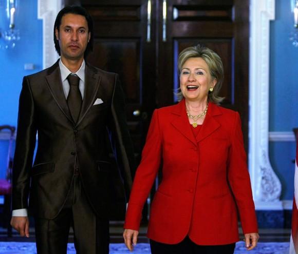 EEUU se acerca a los rebeldes libios