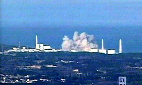 Imagen de la cadena de televisión ABC, en la que se observa una explosión en la planta nuclear de Fukushima que ha llevado a que los niveles de radiación aumenten considerablemente. Foto: EFE