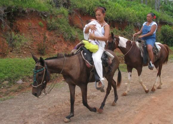 Con La Panocha Muy Peluda Fotos Gratis De Latinasde