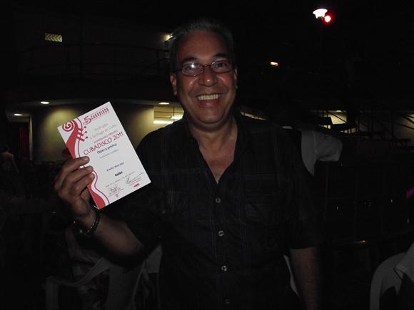 Emilio  Morales recibió varias nominaciones con su disco Con cierto Tumbao