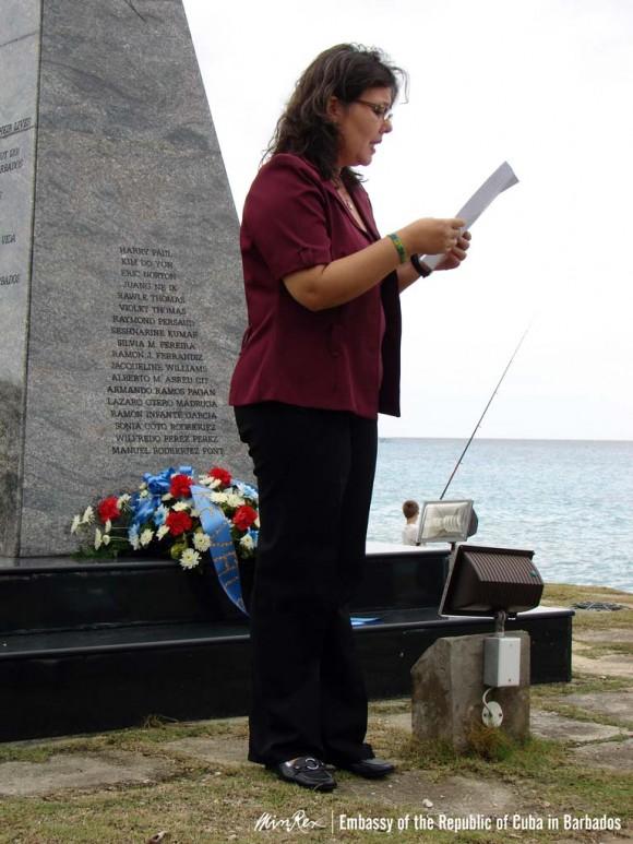 Acto dedicado a la víctimas del sabotaje contra el avión cubano en Barbados.
