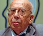 Gonzalo Rojas en Casa de las Américas en enero de 2008