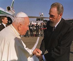 Fidel y Juan Pablo II en La Habana. Foto: AP