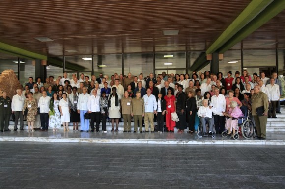 Raúl en la Clausura del VI Congreso del PCC. Foto: Ismael Francisco