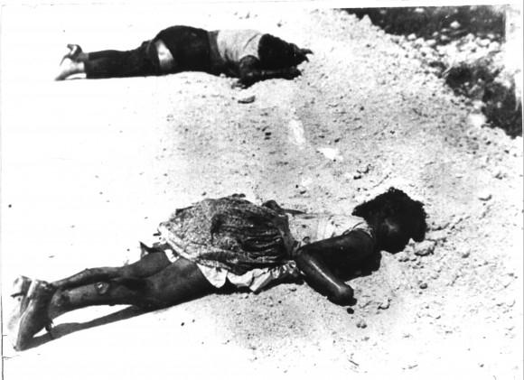 Civiles ametrallados por los mercenarios