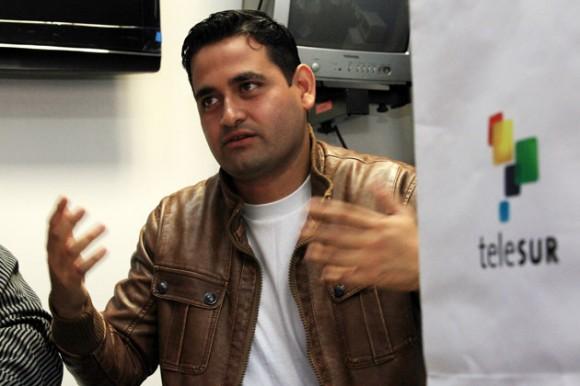 Jordán Rodríguez, periodista de Telesur, quien estuvo 38 días como enviado especial en Trípoli durante el conflicto interno del país, norteafricano reseñó su experiencia.  Foto:VTV